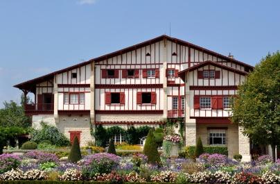 Villa_Arnaga_(Pyrénées_Atlantiques)